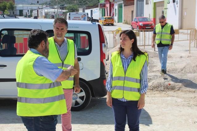 Junta y Ayuntamiento visitan las obras de la carretera A-3130 en Nueva Carteya