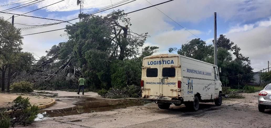 La tormenta voló 65 techos en Laborde