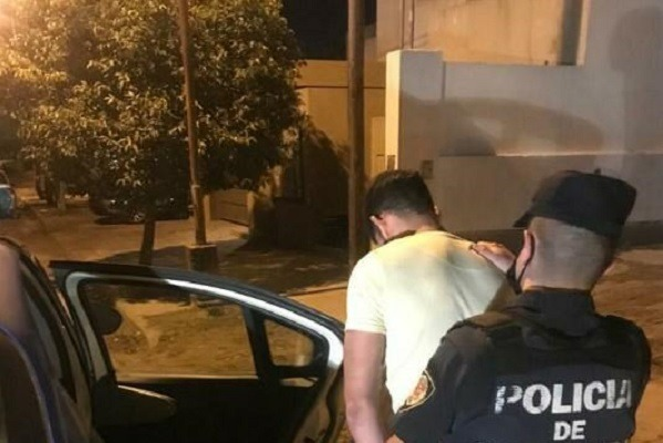 Villa María: Tres detenidos por fiestas clandestinas.