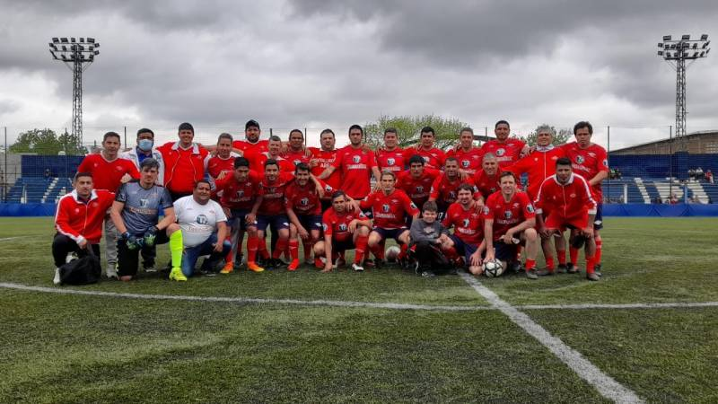 Futbol Senior: Libertad enfrentó al seleccionado argentino.