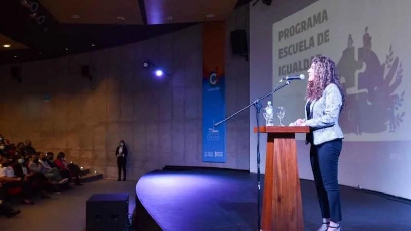Violencia de género: crean escuela de capacitación, para varones en Córdoba.