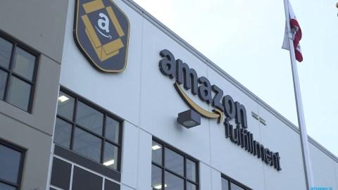 Amazon Warehouse Robots-infogalaxy.in