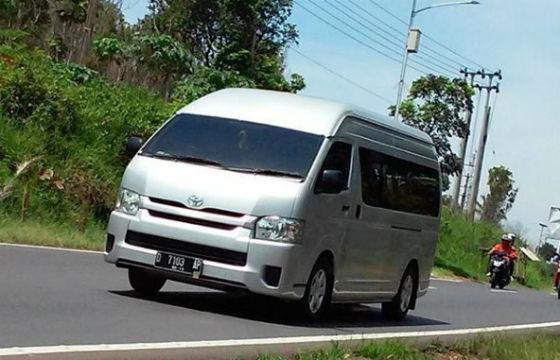Agen Sewa Toyota Hiace di Tanah Sereal Jakarta 2