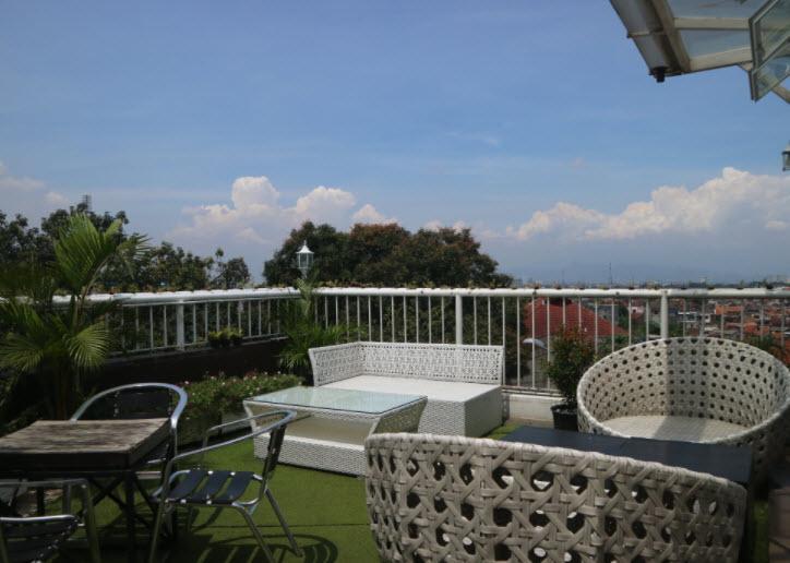 Cafe-Tangga-Bandung