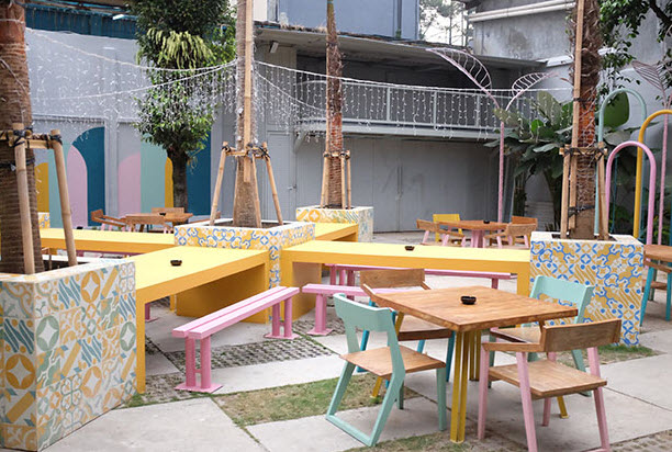 cafe-di-bandung-yang-instagramable-Fatbox-The-Pop-Up