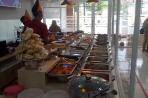 Resto-Padang-Terdekat-Nasi-Kapau-Uda-John