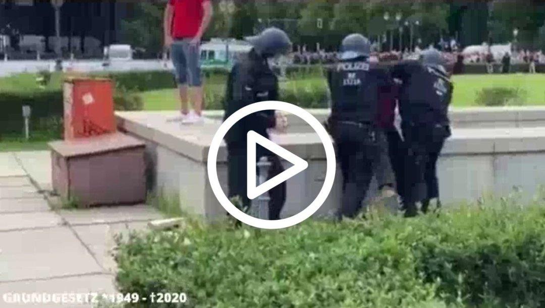 Polizeigewalt-V2-2