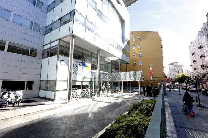 El Gobierno de Cantabria retoma los procesos selectivos de la oferta de empleo público