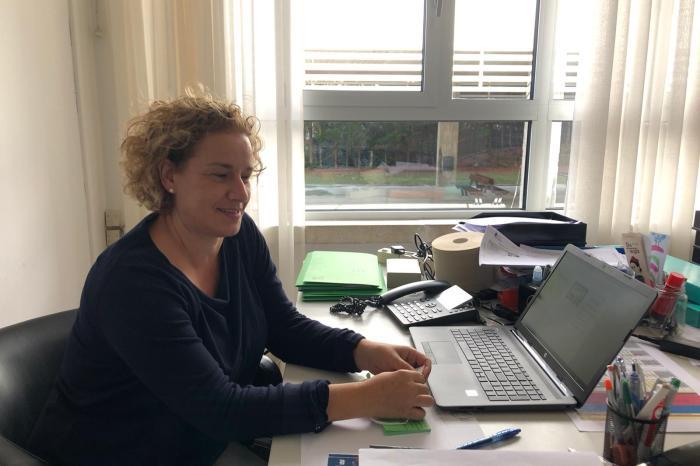 """Montse Velarde, profesora de inglés: """"El problema es ponerlo en práctica en la vida real"""""""