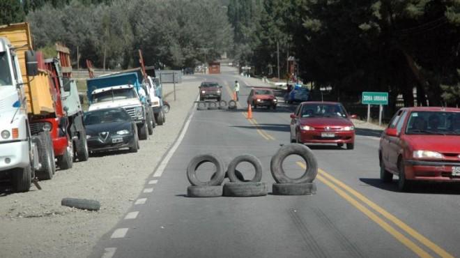 Camioneros llevarían su protesta sobre la ruta Nac. 40