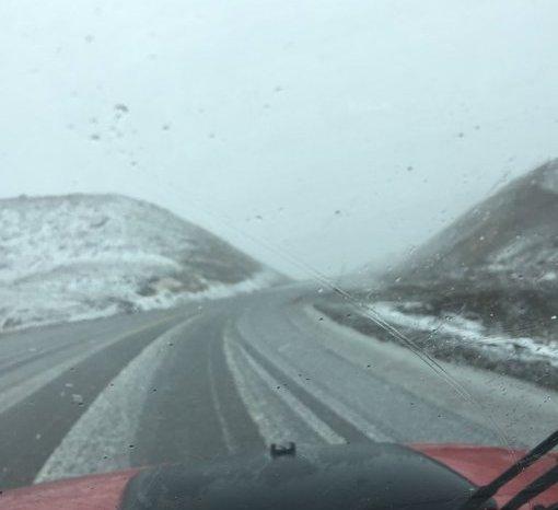 Cerraron el paso Pino Hachado por las fuertes nevadas