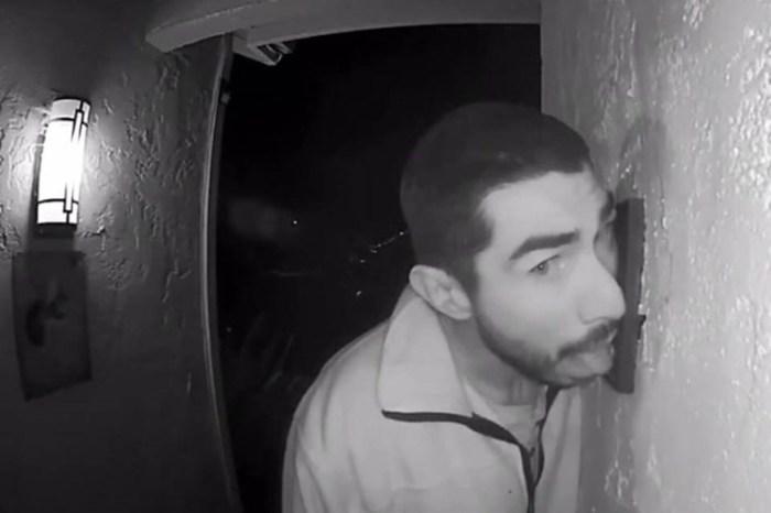 Hombre lamió el timbre de una casa por tres horas