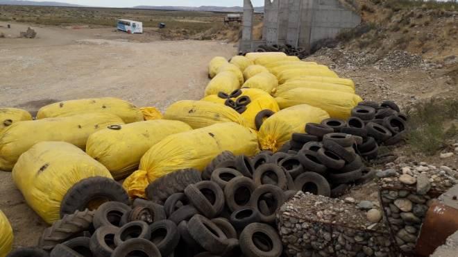 La provincia dice que la basura vertida en Alicurá no es contaminante