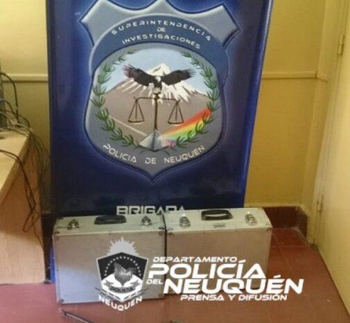 Centenario: Secuestran armas de fuego y 244 plantas de marihuana en allanamientos