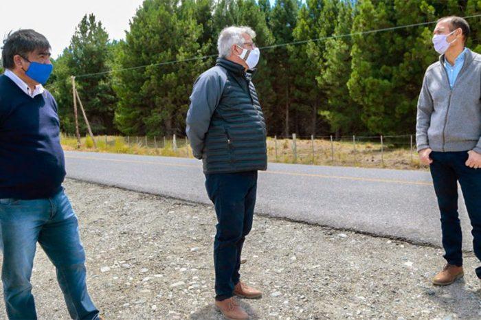Gutiérrez supervisó obras de electrificación rural y tareas viales en la ruta 23