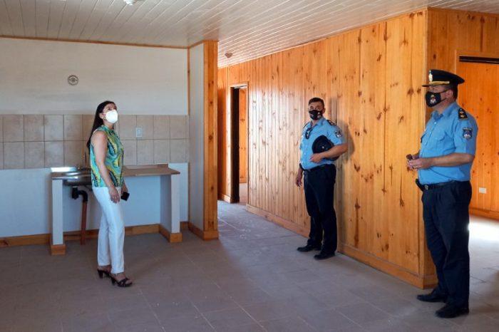 Primeras viviendas institucionales para policías en Añelo