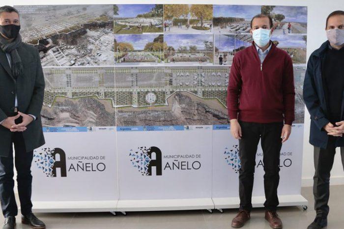Se firmó un convenio para ejecutar un Parque Lineal en Añelo