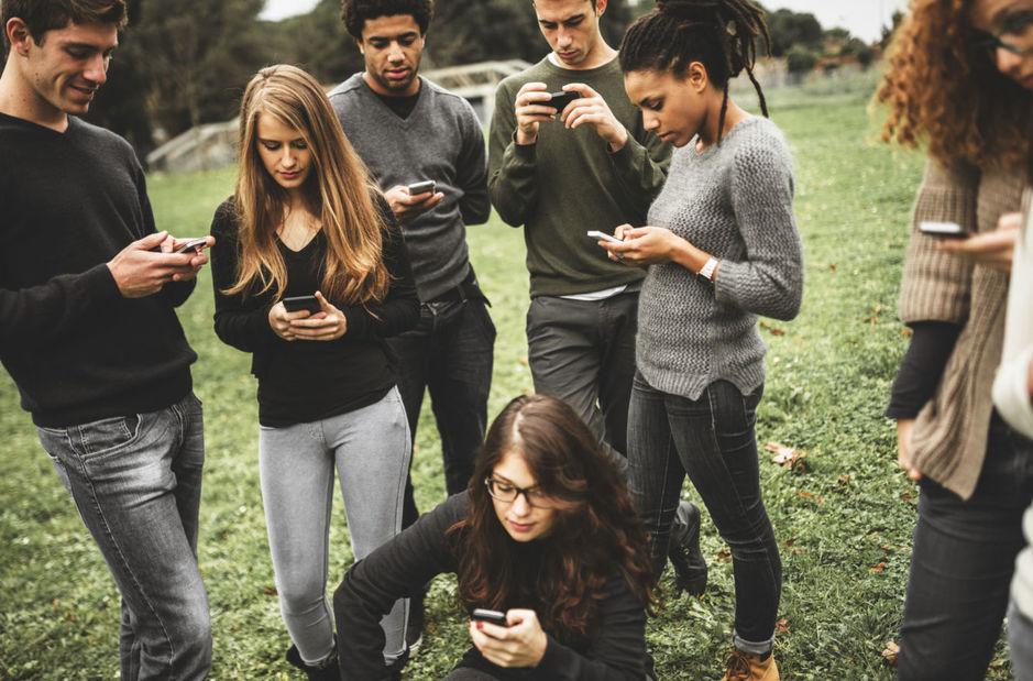 se-estima-que-una-cuarta-parte-de-los-usuarios-cuentan-con-mas-de-500-amigos-en-facebook-istock