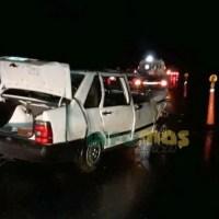 Barrancas: tres heridos al despistar en autopista y volcar en la mano contraria