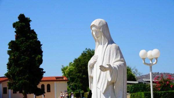 Mensaje de la Virgen María Reina de la Paz del 25 de abril de 2020 Medjugorje; Bosnia Herzegovina