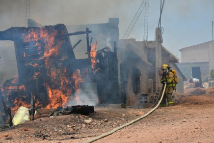 Buscarán bomberos evitar mas muertes de niños calcinados en incendios con mayor prevención