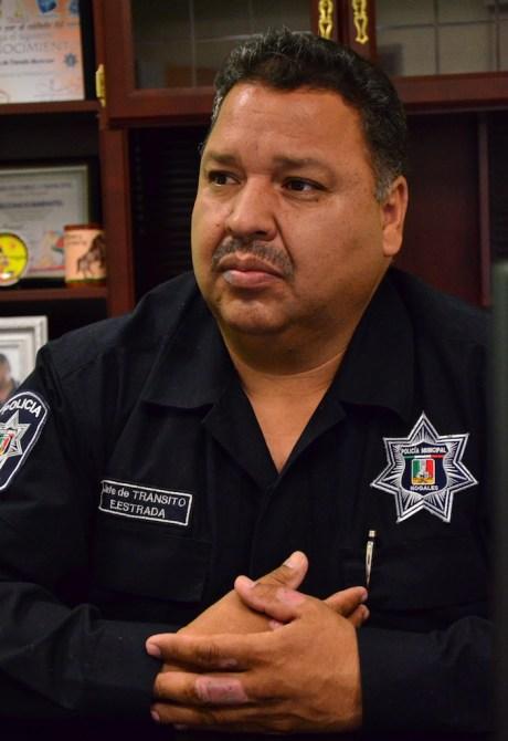 El jefe de Tránsito Municipal, comandante Eliseo Estrada Muñiz.