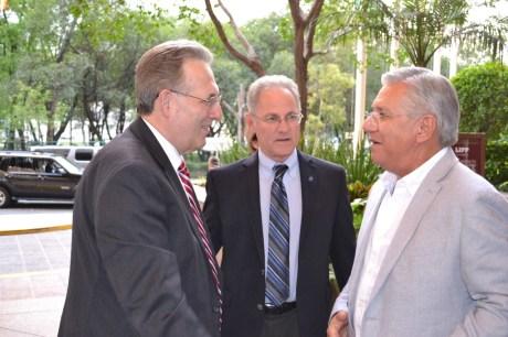 Pide RGM a Embajador de EU revisar tema de la alerta de viajero que incluye a la ciudad de Nogales, Sonora.