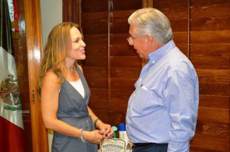 Se reúne RGM con la nueva Delegada de la SRE en Sonora.