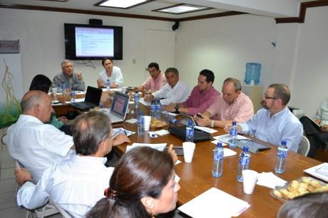 Se reúne RGM y empresarios para revisar detalles de visita de funcionarios federales.