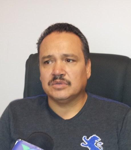 El MVZ Ariel Félix, propietario de la Veterinaria del Sol.