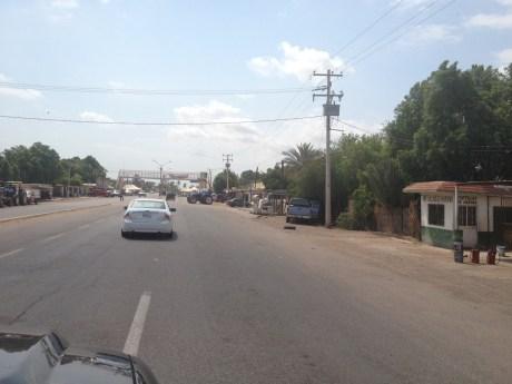 El accidente se suscitó en el poblado donde se realiza el bloqueo.