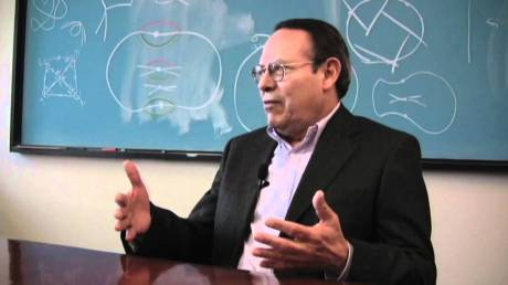El investigador Onésimo Hernández Lerma.