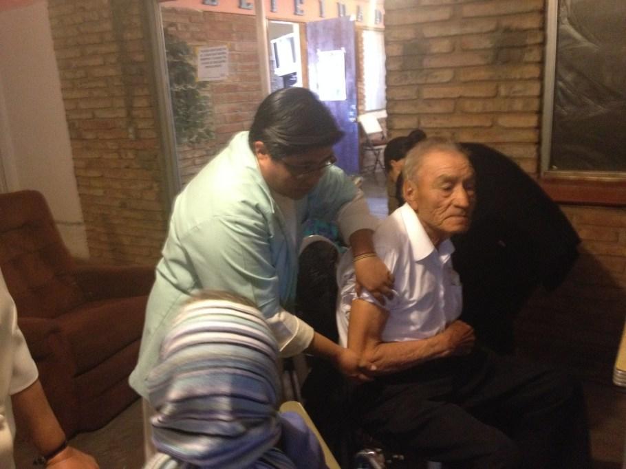 Servicios de vacunación fueron ofrecidos a los ancianos.