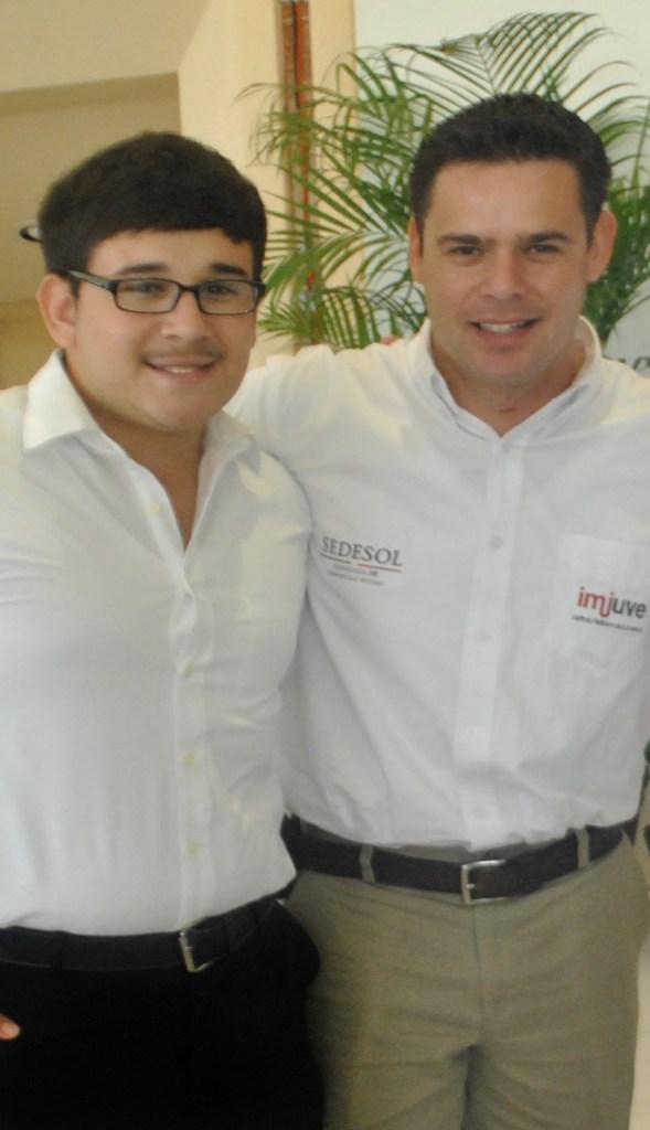 Participa Nogales en foro de consulta nacional juvenil.