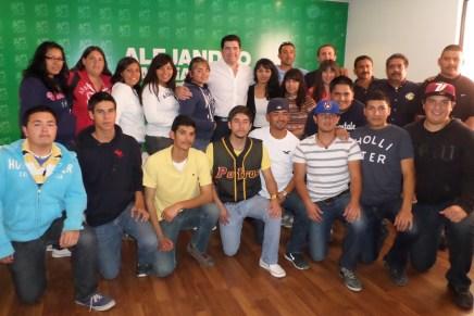 Responde Alejandro García ante estudiantes del ITN, apoyará a selectivos deportivos