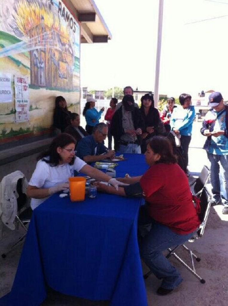 Atención a vecinos de la colonia Solidaridad en la segunda jornada que encabeza en Nogales la PGJE.