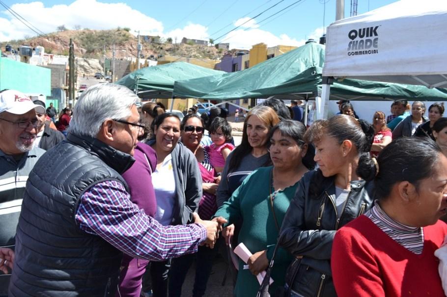 Lleva Alcalde programa Ayuntamiento en Tu Casa  a Conjunto Jardín.