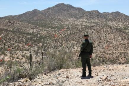 En aumento detenciones de niños migrantes solos en Arizona: Border Patrol