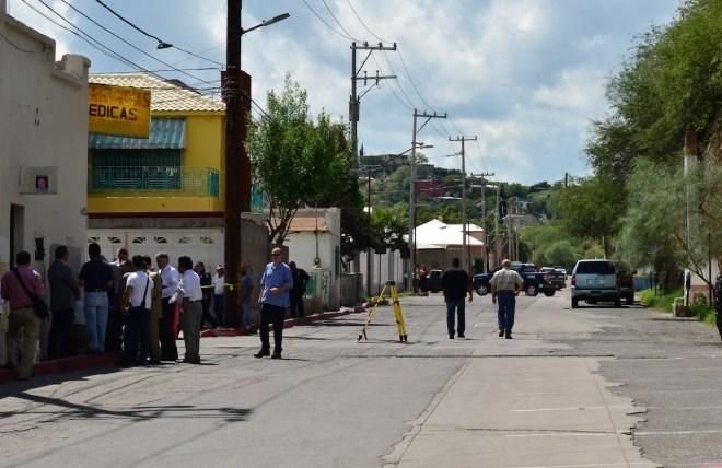 Autoridades cerraron la circulación de la calle Internacional durante gran parte de este martes.