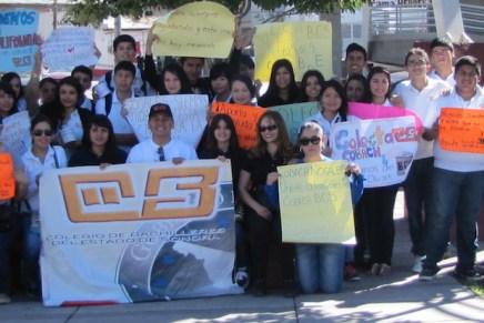 Apoyan estudiantes de Cobach-Nogales a damnificados de Odile