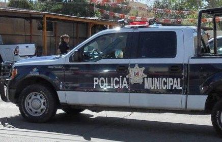 Privan de la libertad a mujer del interior de restaurante, sobre la Ruiz Cortinez