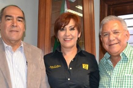 Se reúne Presidente Municipal con diputado local Carlos Ernesto Navarro López