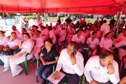 Cierran cursos en Cecati 118 y entregan constancias a más de 300 personas