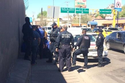 Arrollan a estudiante por cruzar la calle intempestivamente, cerca de Lomas de Nogales