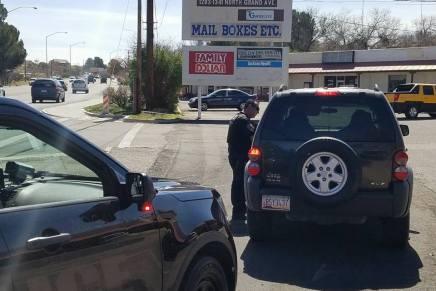 Van policías de Nogales, Arizona contra automovilistas que se crucen semáforo en amarillo