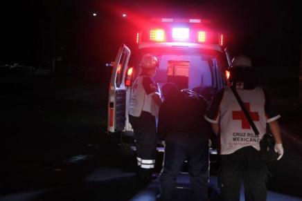 Provocan conductores ebrios par de choques que dejan a cinco lesionados