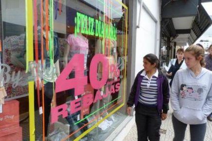 Reportan comerciantes buenas ventas tras el festejo del 10 de Mayo en Nogales