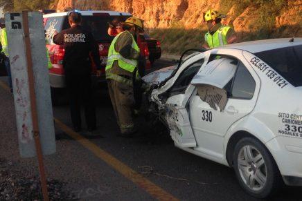 Trágico domingo: Varios heridos en choques en la carretera al sur de Nogales