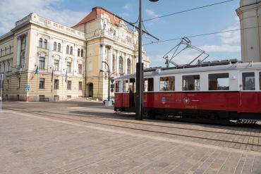 Tramvaiul de Epoca din Oradea va iesi in cursa sambata 8 iulie.