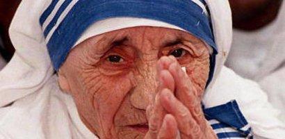 Vatican: Maica Tereza a fost sanctificata. FOTO + VIDEO